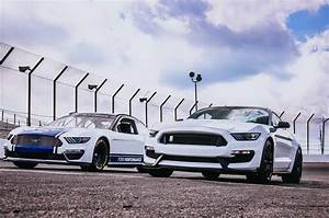 New Ford Mustang Race Car Unveiled For Monster Energy NASCAR Cup Series | Carscoops