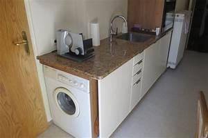 Waschmaschine In Der Küche : kleine k che mit viel stauraum ihr internettischler ~ Markanthonyermac.com Haus und Dekorationen
