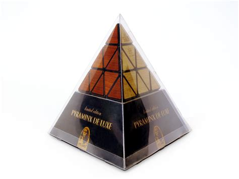 cuisiniste de luxe pyraminx de luxe recent toys int