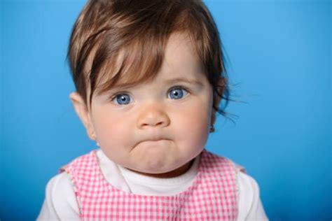 ab wann kleinkind ohrringe stechen baby gro 223 e auswahl an piercing und k 246 rperschmuck flesh tunnel piercings