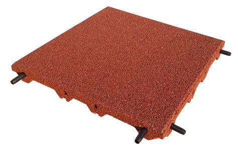 tappeto antitrauma per esterni piastrelle antitrauma rossa 50x50 sp 5 cm c spinotti hic