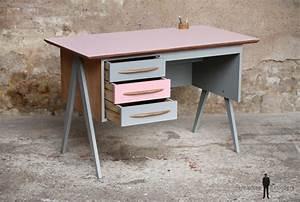 Bureau Enfant Fille : bureau vintage 3 tiroirs rose et gris pieds compas ~ Teatrodelosmanantiales.com Idées de Décoration