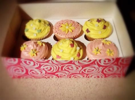 how do u bake cupcakes how to bake yummy cupcakes recipe snapguide