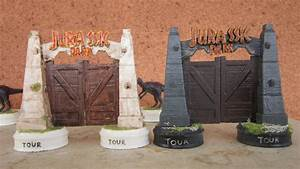 T Rex Design Jurassic Park 3d Printed Chess Set Pits T Rex Against