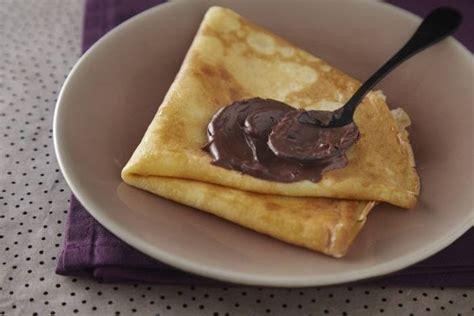 cours de cuisine à toulouse recettes de crêpes au chocolat par l 39 atelier des chefs