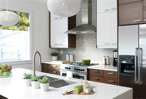 how high to hang kitchen cabinets how high should you hang your kitchen cabinets 8451