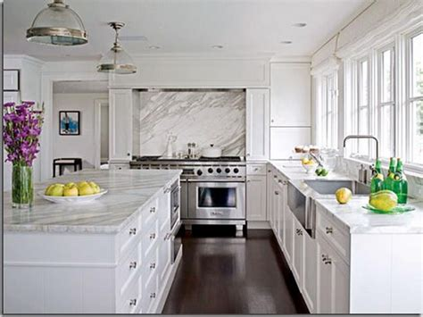 what color countertops with white cabinets white kitchen cabinets with quartz countertops kitchen
