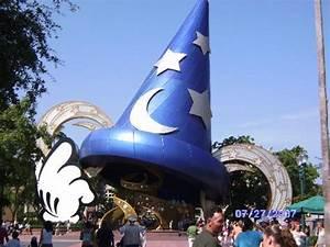EPCOT Flowers - Picture of Walt Disney World Resort ...