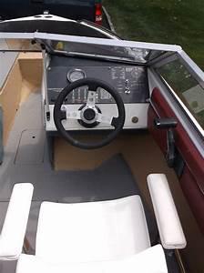 Bayliner Capri 1600 1986 For Sale For  3 000