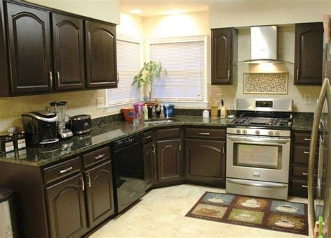 Repainting Kitchen Cupboards by Best 25 Painting Kitchen Cupboards Ideas On
