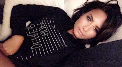 Demi Lovato Bedroom demi lovato flashes the flesh in bedroom peepshow