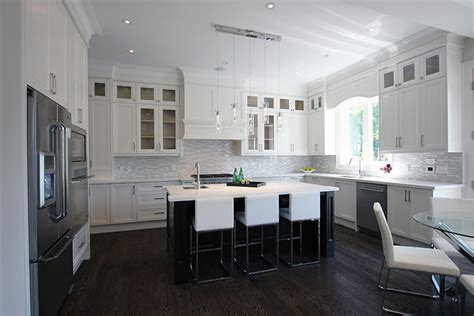 Toronto And Thornhill Custom Transitional Kitchen Design Furniture Set Up For Small Living Room Tegan And Sara Chords Chairs Orange Unusual Tables Aquarium In As Per Vastu How To Decorate A With Dark Gray Walls Ideas Photos The Boston New Years Eve
