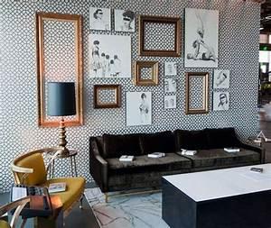 Mur De Photos : d co murale originale avec cadres vides ~ Melissatoandfro.com Idées de Décoration