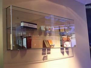 Kleine Glasvitrine Für Die Wand : vitrinen und theken glas loley konstruktiver glasbau beschattungssysteme glasdesign ~ Markanthonyermac.com Haus und Dekorationen