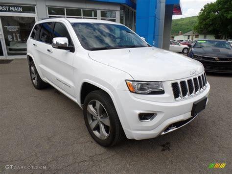 2016 Bright White Jeep Grand Cherokee Overland 4x4
