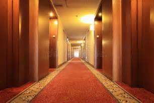 couloir dhotel avec le tapis image stock image du