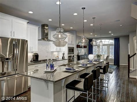 caledonia granite countertops pictures cost pros  cons