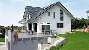 Terrasse Am Hang : hillside landscaping exterior design bildergebnis f r haus ~ A.2002-acura-tl-radio.info Haus und Dekorationen