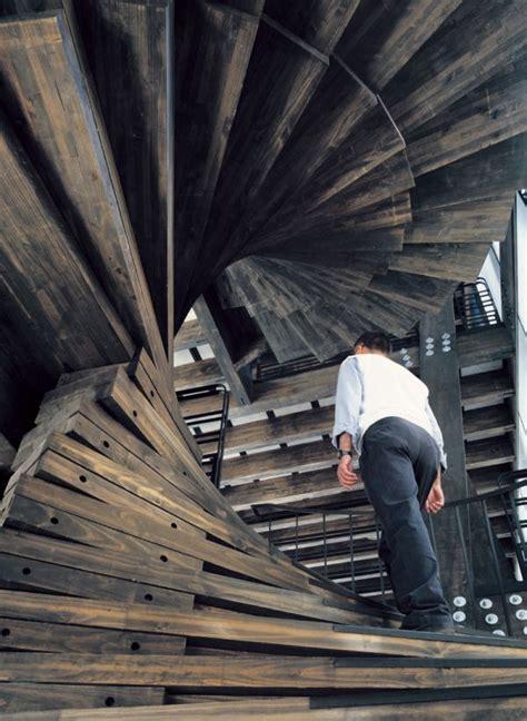 Moderne Und Kreative Innenraum Holztreppenspiraltreppe Aus Holz by 30 Ideen F 252 R Kreatives Treppen Design Lifestyle Trend
