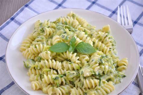 light pasta dishes summertime staple and light zucchini pasta 12