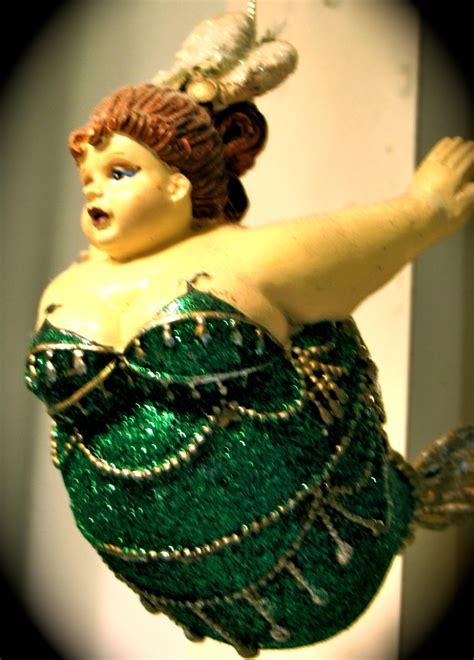 mermaid christmas images  pinterest mermaids