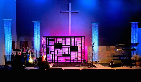 rippled geometry church stage design ideas