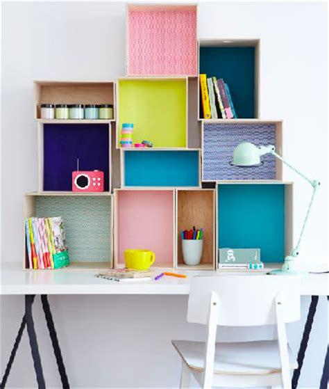 boite rangement bureau bureau pour enfant avec boites rangement en mural