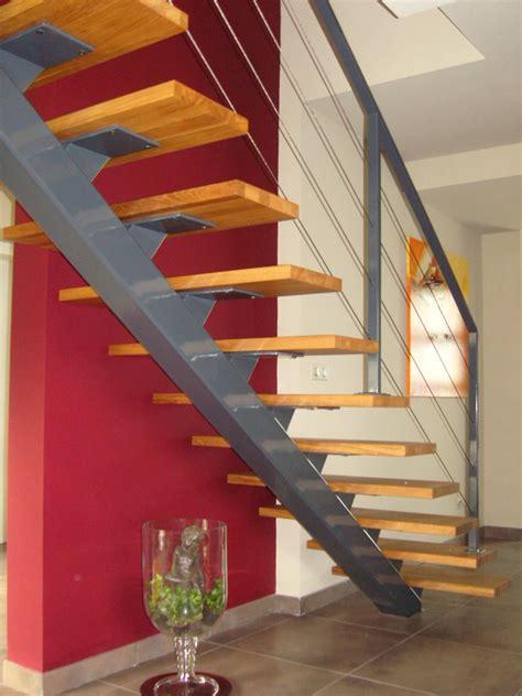 escalier droit limon central maison design deyhouse