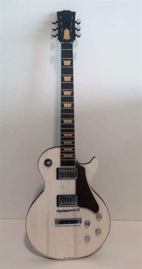 gibson les paul miniature guitar wooden guitar