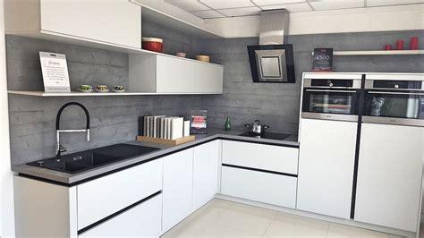 Shuller Kitchen   Uni Matt Crystal Grey Natural Grey