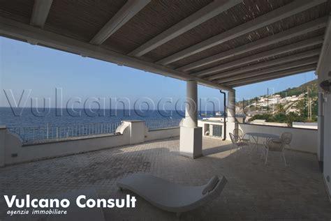 terrazza vista mare vendesi appartamento vista mare acquacalda lipari id9246