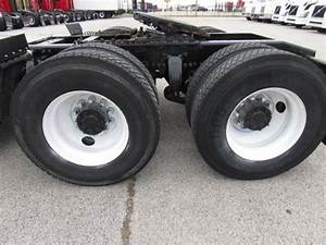 2012 Freightliner Cascadia Tandem Axle Day Cab Truck  450  450hp  10 Speed Manual