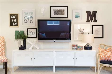 Decorating Ideas For Wall Mounted Tv by Living Room With Wall Decor And Wall Mounted Tv Tips To