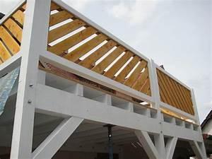 Balkonverkleidung Aus Holz : balkon terrasse holz im garten holzbau partner gmbh ~ Lizthompson.info Haus und Dekorationen