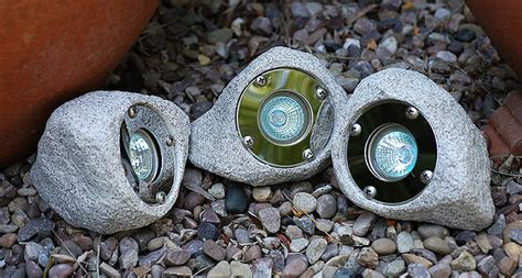 garden  pond rock light set ip