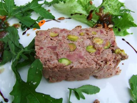 terrine aux foies de volailles et g 233 siers confits et pistaches a boire et 224 manger