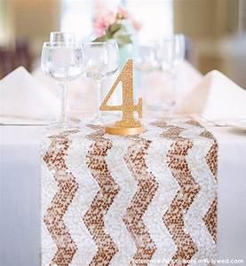 Rose Gold Decor : chevron rose gold and white sequin table runner ready to ship ~ Teatrodelosmanantiales.com Idées de Décoration