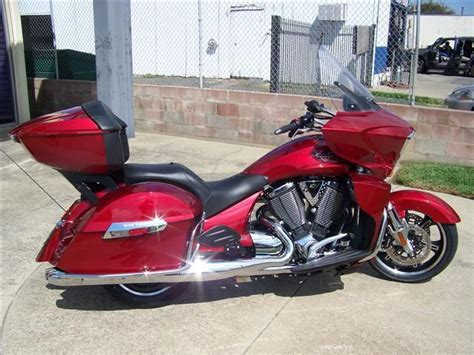 Buy 2013 Victory Cross Country Tour Touring On 2040-motos