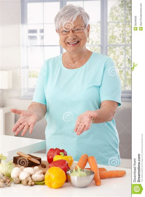 mamie cuisine preparing healthy food stock photo image