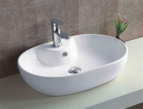 rubinetto per lavabo da appoggio lavabo in ceramica ovale da appoggio 600 x 400 mm con foro