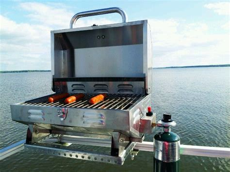 Pontoon Boat Grill by Our Pontoon Grill We Got The Portable Grill From Lowes