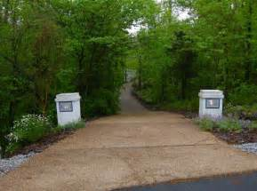 driveway landscape ideas charming country home driveways natural driveway landscaping ideas