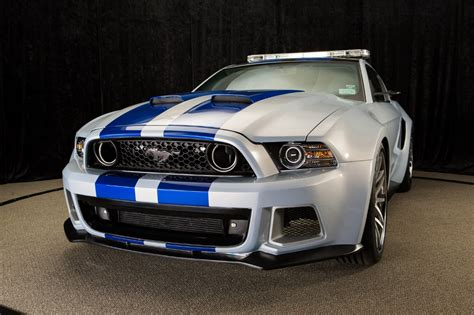 speed ford mustang  pace nascar sprint cup series