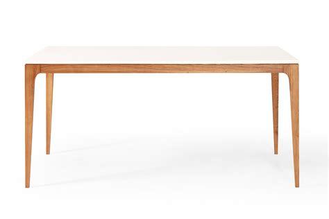 table de repas design scandinave blanche et bois maggia dewarens