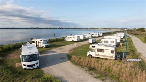 chambres d hotes morbihan bord de mer aire de service et de stationnement les sables blancs en