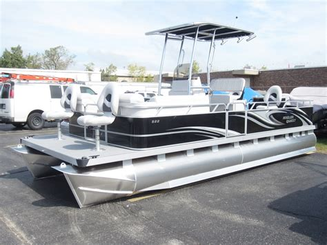 Boat Bumpers Pontoon by Angler Qwest 822 Fish N Cruise Fishing Pontoon Boat By