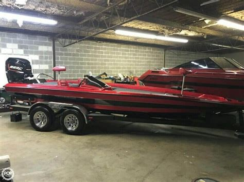 Bullet Bass Boats For Sale In Tennessee by 1988 Used Bullet 21 Vee Bass Boat For Sale 22 500
