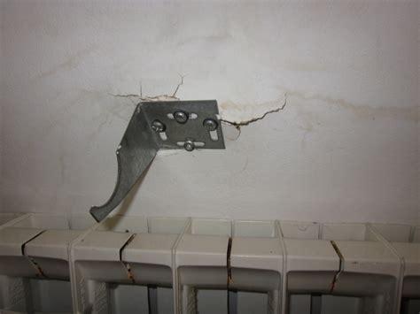 fixation element haut cuisine sur placo fixation radiateur arrachée dans placo