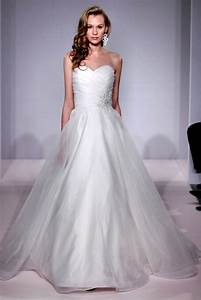 10 popular wedding dress designers at kleinfeld therichest for Kleinfeld wedding dress designers