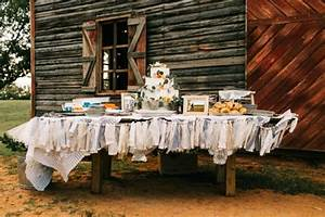 Two Old Souls Tied The Knot In A Vintage Wedding At The